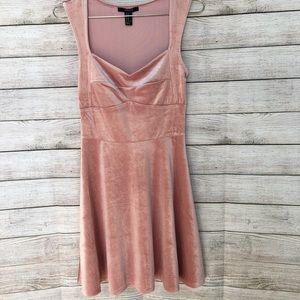FOREVER 21 Sleeveless Velvet Dress